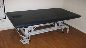 Electric massage therapy table Ivanhoe Banyule Area Preview