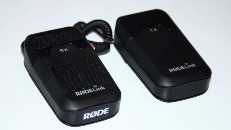 Rode RodeLink Filmmaker Kit Camera-Mount Wireless Lavalier Microphone System