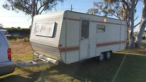 1986 JAYCO ONSITE SUGGESTION AS CHEAPER LIVE IN WHILST REBUILDING Deception Bay Caboolture Area Preview