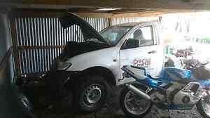2008 Mitsubishi Triton v6 auto damaged. Cora Lynn Cardinia Area Preview