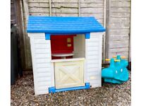Little Tikes Play House/Wendy House/Log Cabin. Good condition.