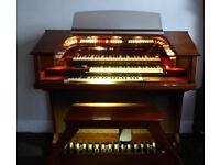 Free Thomas Trianon electric organ