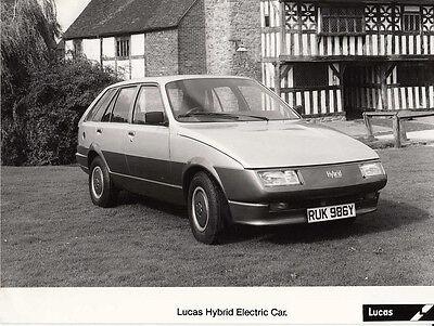LUCAS HYBRID ELECTRIC CAR PERIOD PHOTOGRAPH.