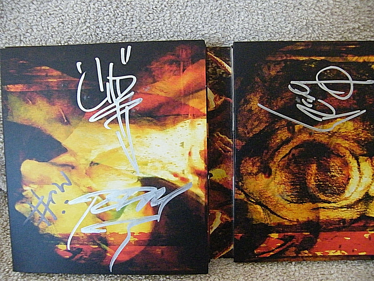 2005  Masters of Horror  w/4 different  MudVayne Autographs CD  various artists