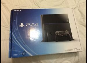 Selling my ps4 for $310