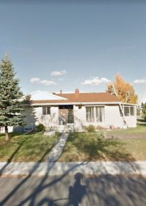 Sherwood Park Bungalow with 4BDRMs and lots of yard space
