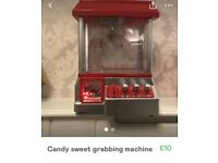 Candy sweet toy grabber machine