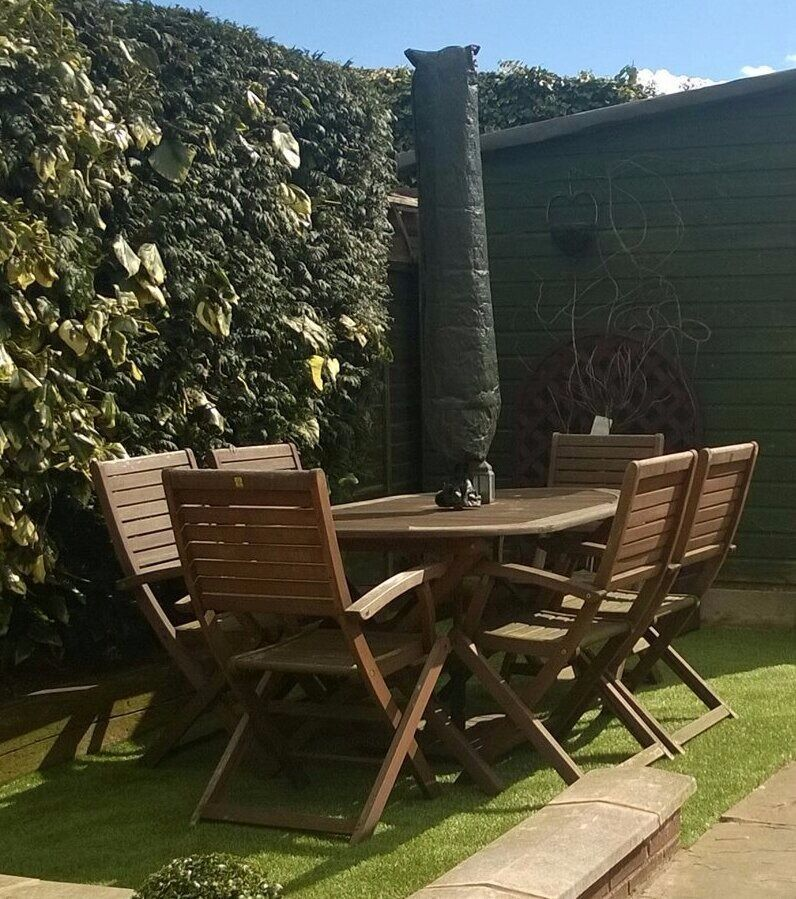 garden table with 6 chairs cushions and parasol collection only beeston nottingham - Garden Furniture Nottingham
