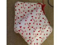 Pair Of Two Shabby Chic Christmas Seat Pads Hearts New Without Tags