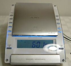 Sony Dream Machine ICF-CD7000 AM/FM CD Clock Radio Dual Alarm Blue LED Lights