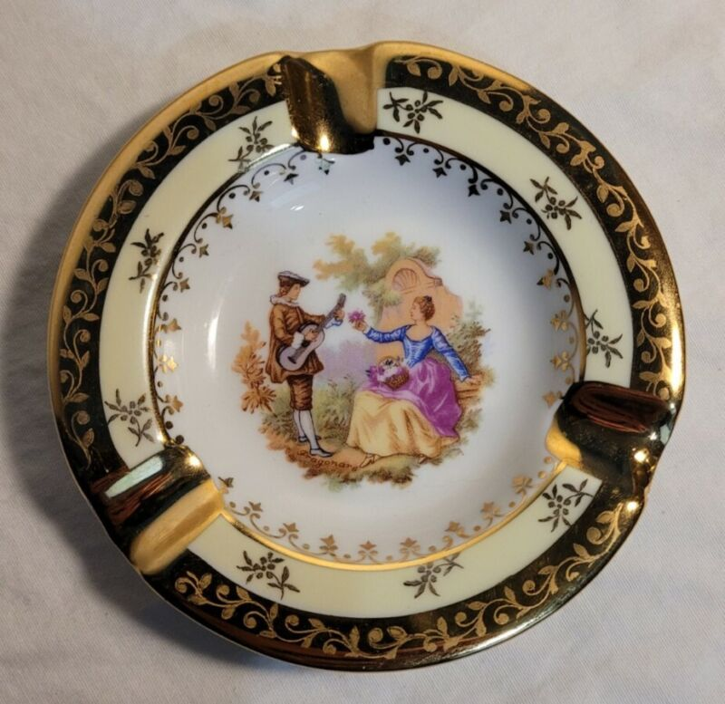 Vintage Limoges France Porcelaine Ashtray Courting Couple Gold/Yellow Trim