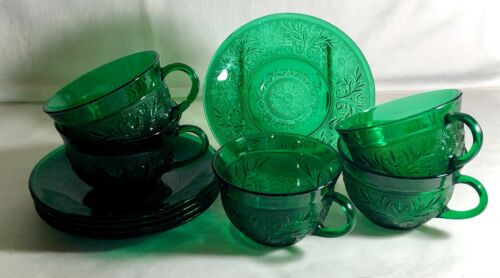 5 Anchor Hocking Forest Green Sandwich Cups And Saucers