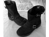 NEXT Barnded Ladies Casual Ankle Boots Size 4 Made in Italy (Bath)