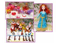 Disney Dolls Figures 7 Dwarfs Merida Palace Pets