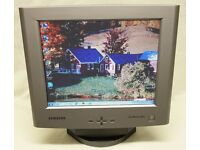 """Samsung SyncMaster 520TFT 15"""" LCD monitor with Built in Speakers"""