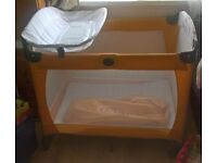 Graco contour on the go travelcot/playpen