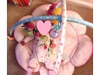 Mothercare 'I Love My Garden' luxury playmat and toy arch plus free Lamaze dollies