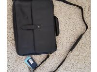 """Hidesign Black Charles Leather 15"""" Laptop Briefcase WorkBag EX-DISPL WITH DEFECTS"""