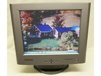 "15"" VGA LCD monitor with Built in Speakers (Samsung SyncMaster 520TFT)"