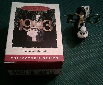 Hallmark Keepsake Ornament 1993 FABULOUS DECADE SERIES #4 SKUNK Cute!!