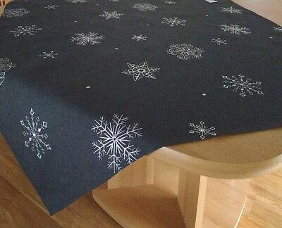 Weihnachts-Tischdecke Schneeflocken 85x85cm / 40x160cm Weihnachts-Tischdeko ()