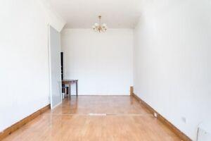 Shopfront / Studio For Rent