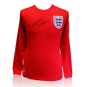 Geoff-Hurst-signed-shirt-England-vs-West-Germany