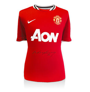 Wayne-Rooney-Front-Signed-Shirt-2011-12-Manchester-United-Home-bid-from-60