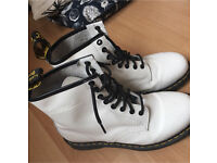 Dr Martens size 7 white