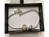 Olivette charm bracelet with 2 charms