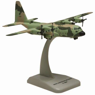 4593 RAAF C-130H Hercules 36 Sqn A97-006 Hogan Wings 1:200 diecast model