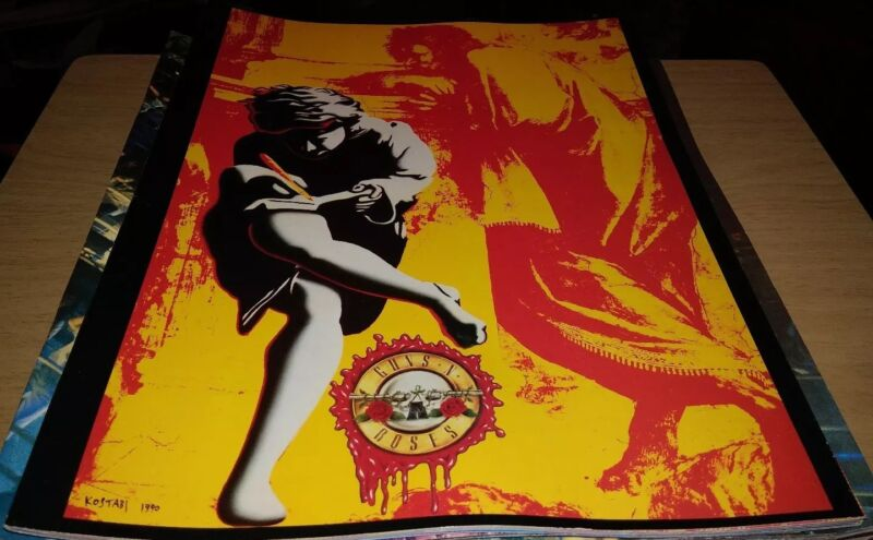 Guns N Roses Use Your Illusion Concert Tour Book