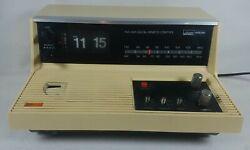 Montgomery Ward Airline GEN-1983A FM/AM Digital Remote Control Alarm Clock Radio