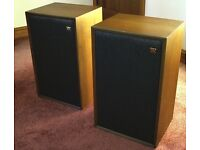 Original vintage WHARFEDALE MELTON LOUDSPEAKERS - a matched pair in excellent condition