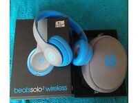 Beats by Dre Solo2wireless flash blue. Great sound, comfortable, look great only used once