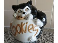 DUNHELM Ceramic Hand Painted Cat COOKIE Jar SIZE 8 inc x 8 inc
