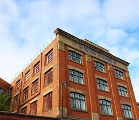 Beautiful light unfurnished 1 bedroom in great location with parking and communal roof deck