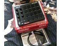 Akai MPD 218 usb midi pad controller - Boxed as new