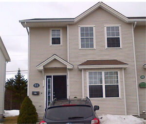 For Rent 4BR Near Avalon Mall Moss Heather Drive