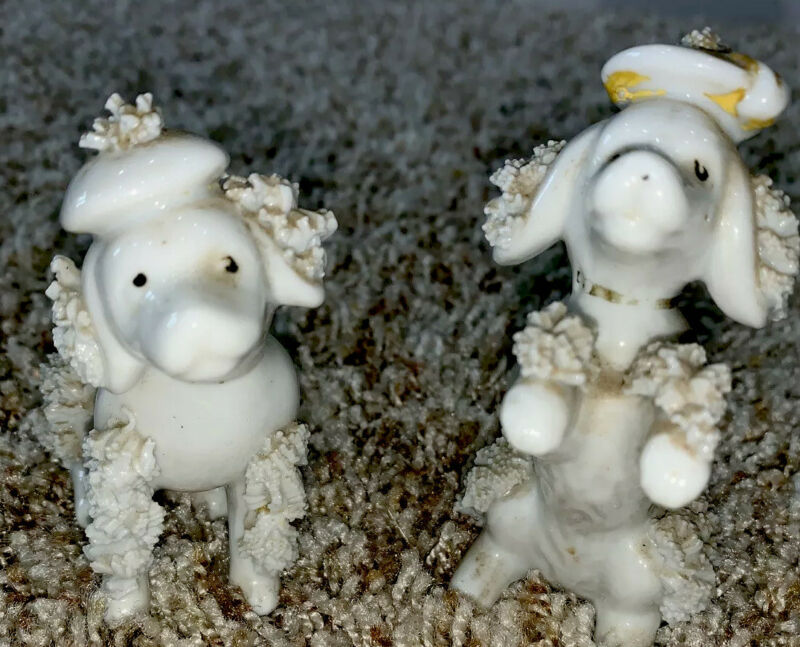 Vtg  Lot Of 2 Spaghetti French Poodle Dog Figurines Porcelain Hats Berets White