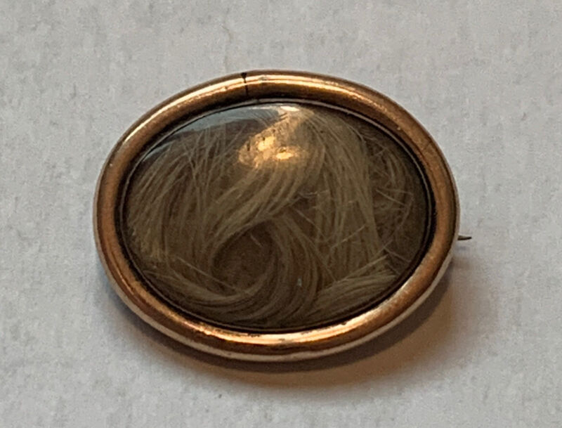 ANTIQUE VICTORIAN 10K YELLOW GOLD MOURNING HAIR GLASS BROOCH PIN
