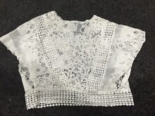NEW Stunning Women White Lace Tops Sz 6 Giralang Belconnen Area Preview