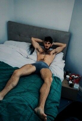 Shirtless Male Beefcake Hairy Chest Arm Pits Bare Foot Bed Hunk PHOTO 4X6 F1456