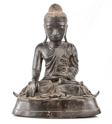18th Century Bronze Amarapura Buddha