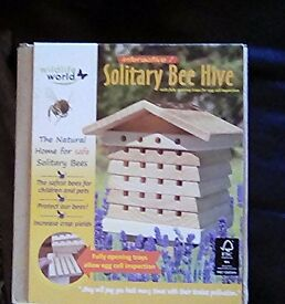 Solitary bee hive brand new. Help the bees / five available