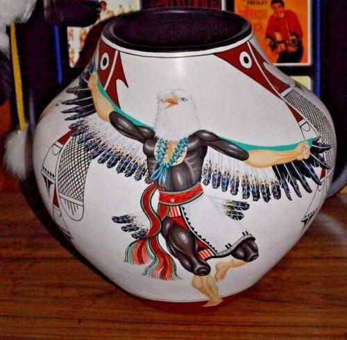 Marcellus & Elizabeth MEDINA - ZIA  Pottery Pot - W/ Certificate of Authenticity