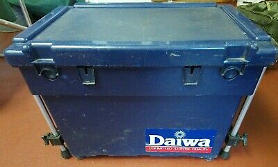 Daiwa Team Fishing Seat Box Size XL with Octoplus  Leg Kit Tackle Canal