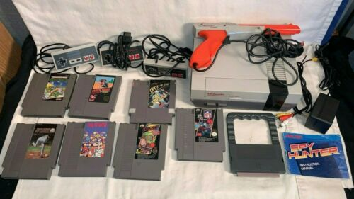 Lot NES Nintendo Game system CONSOLE 3 Controllers 7 GAME Light Gun CABLE Bundle