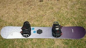 snowboard and bindings Hillcrest Port Adelaide Area Preview