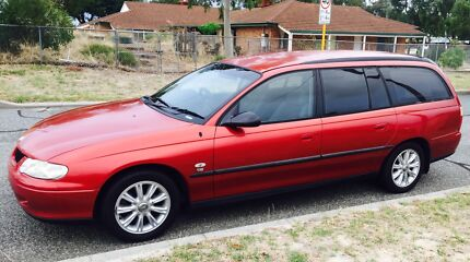 Holden Commodore Station Wagon VX 2001